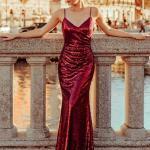 2020 En Trend Gece Elbiseleri ve Şık Abiyeler Bordo Uzun İp Askılı Payetli