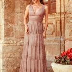 2020 En Trend Gece Elbiseleri ve Şık Abiyeler Vizon Uzun Askılı V Yakalı Katmalı Etekli