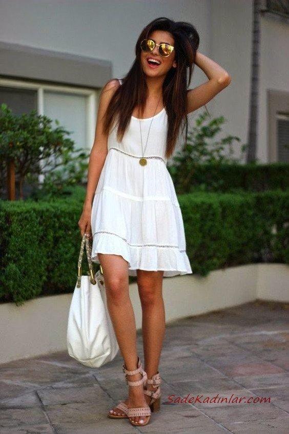 2020 Beyaz Kıyafet Kombinleri Beyaz Kısa Askılı Kloş Etekli Elbise Krem topuklu Ayakkabı Beyaz El Çantası