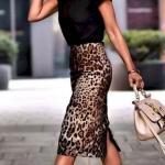 2020 Etek Bluz Kombinleri Leopar Desenli Kalem Etek Siyah Kısa Kollu Bluz Beyaz Spor Ayakkabı