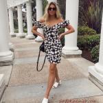 2020 Yazlık Kombinler Siyah Mini Omzu Açık Kısa Kollu Çiçek Desenli Elbise Beyaz Terlik