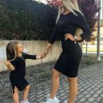 2020 Anne Kız Kombinleri Siyah Mini Uzun KolluElbise Beyaz Spor Ayakkabı