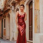 2020 Düğün Elbise Modelleri Kırmızı Uzun İp Askılı Payetli