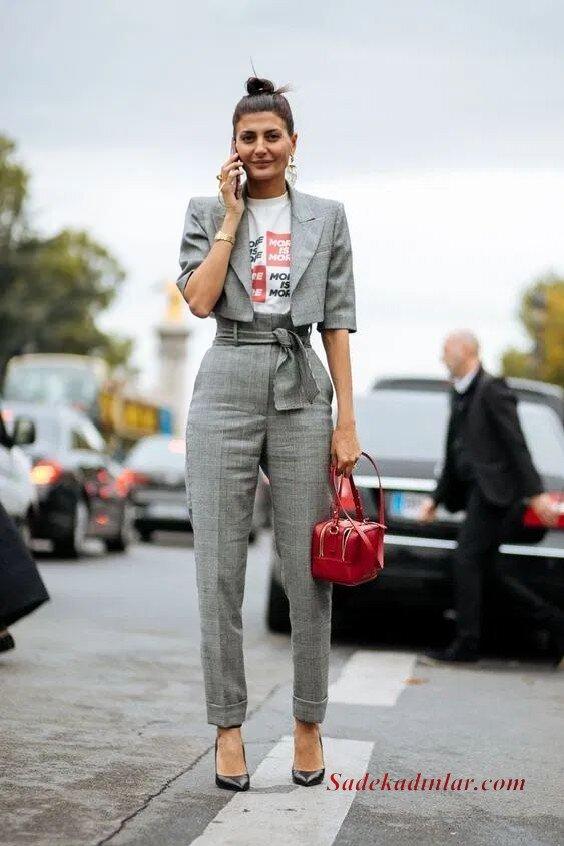 2020 Gri Kıyafet Kombinleri Gri Kumaş Pantolon Beyaz Bluz Gri Kısa Ceket Siyah Stiletto Ayakkabı