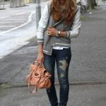 2020 Kış Kombinleri Lacivert Yırtık Kot Pantolon Gri Bluz Bomber Ceket Beyaz Spor Ayakkabı