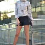 2020 Kış Kombinleri Siyah Mini Etek Gri Boğazlı Kazak Saks Mavi Stiletto Ayakkabı