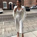 2020 Beyaz Pantolon Kombinleri Beyaz Bol Pantolon V Yakalı Kazak Uzun Ceket Kırmızı Stiletto Ayakkabı
