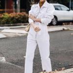 2020 Beyaz Pantolon Kombinleri Beyaz Cepli Pantolon Uzun Kollu Gömlek Gold Topuklu Ayakkabı