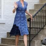 2020 Dantel Elbise Modelleri Mavi Midi Kısa Kollu V Yakalı Dantel