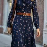 2020 Günlük Elbise Kombinleri Lacivert Uzun Kapalı Yaka Kemerli Desenli Elbise Taba Omuz Çantası