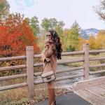 2021 Kış İçin Günlük Kombinler Kahverengi Mini Boğazlı Kazak Elbise Taba Uzun Nubuk Topuklu Çizme