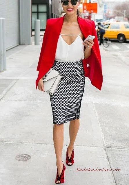 2020 Günlük Kombinler Siyah Desenli Kalem Etek Beyaz Askılı Bluz Kırmızı Ceket Stiletto Ayakkabı