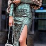2020 Kıyafet Kombinleri Yeşil Midi Uzun Kollu Pullu Elbise Siyah Stiletto Ayakkabı