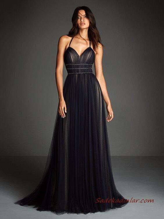 2020 Pronovias Uzun Abiye Elbise Modelleri Siyah Uzun İp Askılı Kalp Yakalı Kloş Etekli