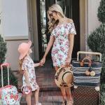 2020 Anne Kız Elbise ve Kıyafet Kombinleri Beyaz Mini Omzu Açık Düşük Kol Desenli Elbise