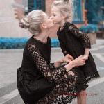 2020 Anne Kız Elbise ve Kıyafet Kombinleri Siyah Mini Uzun Kollu Dantelli Elbise
