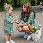 2020 Anne Kız Elbise ve Kıyafet Kombinleri Yeşil Mini Uzun Kollu Yaprak Desenli Elbise