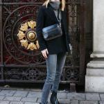 2020 Bol Paça Pantolon Kombinleri Gri Kot Pantolon Boğazlı Kazak Siyah Ceket Deri Kısa Topuklu Bot