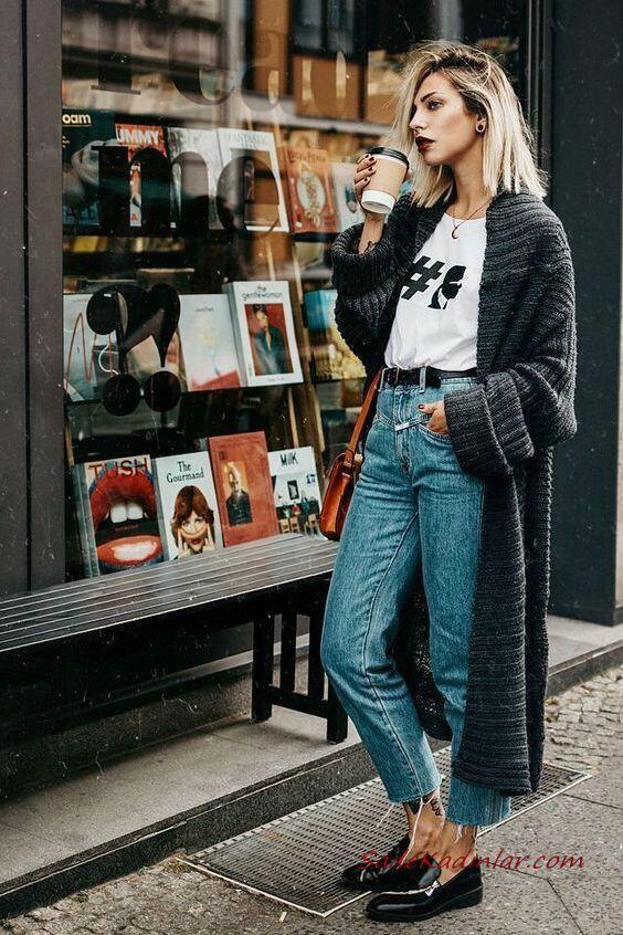 2020 Bol Paça Pantolon Kombinleri Mavi Kot Pantolon Beyaz Bluz Siyah Uzun Hırka Babet Ayakkabı