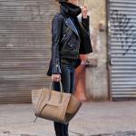 2020 - 2021 Kış Modasının En Şık Kombin Önerileri Siyah Pantolon Boğazlı Kazak Kısa Deri Ceket Vizon Stiletto Ayakkabı