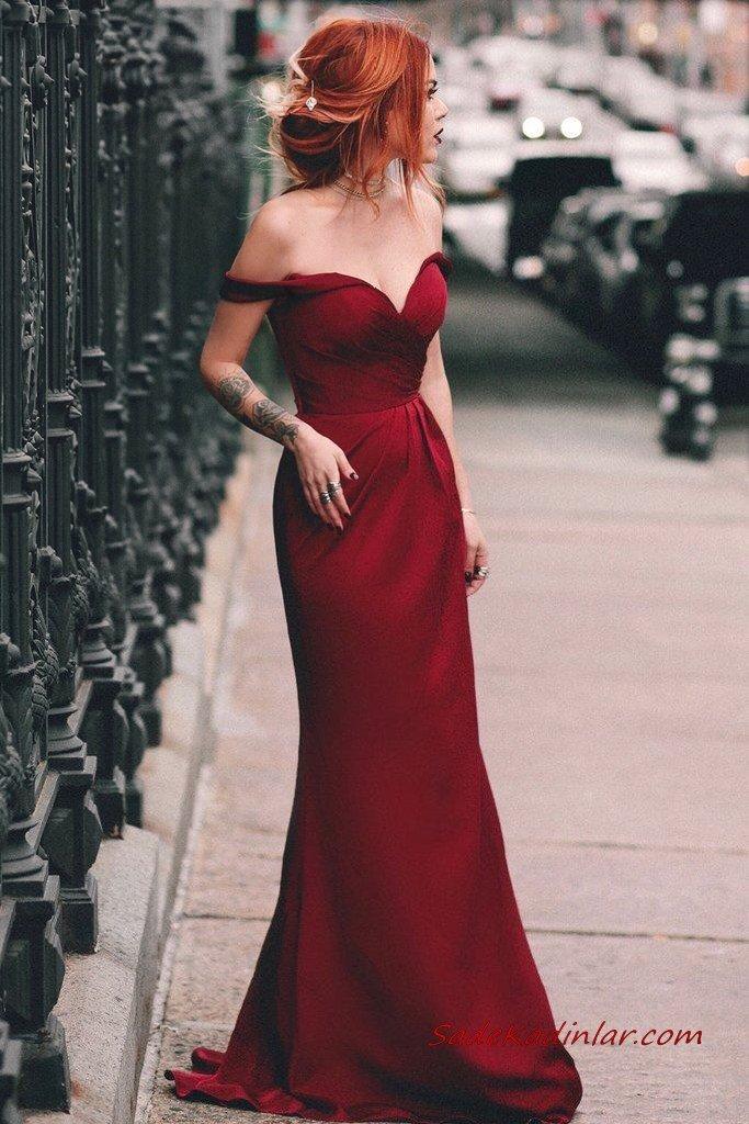 2021 Sevgililer Günü İçin Abiye Elbise Modelleri Bordo Uzun Straplez Düşük Kollu Kalp Yakalı