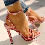 2020 Bayan Stiletto Ayakkabı Modelleri Pembe Dudak Baskı Desenli Bilekten Tokalı