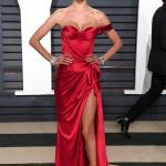 Vanity Fair Oscar Partisi'nde Ünlüler: Alessandra Ambrosio
