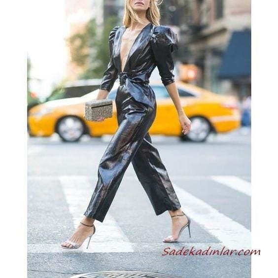 2020-2021 Deri Tulum Modelleri Siyah Yetim Kollu Derin V Yakalı Deri Tulum Gümüş Stiletto Ayakkabı El Çantası