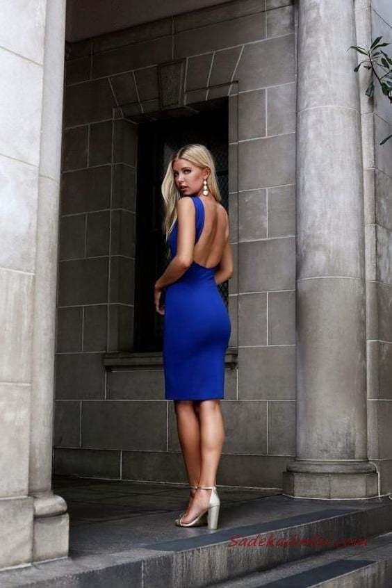 2020 En Trend Mavi Renk Elbise Kombinleri Mavi Mini Askılı Sırt Dekolteli Elbise Gümüş Topuklu Ayakkabı