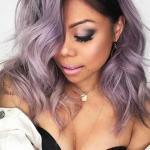 2020 En Trend Saç Renkleri ve Saç Modelleri Lila Uzun Dağınık Dalgalı Saç Modeli