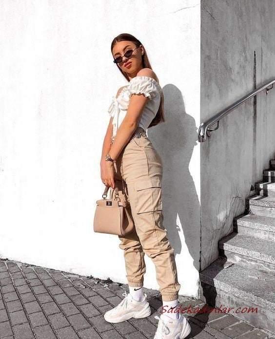 2020 Kargo Pantolon Modelleri İle Günlük Kombinler Krem Pantolon Beyaz Omzu Açık Bluz Spor Ayakkabı
