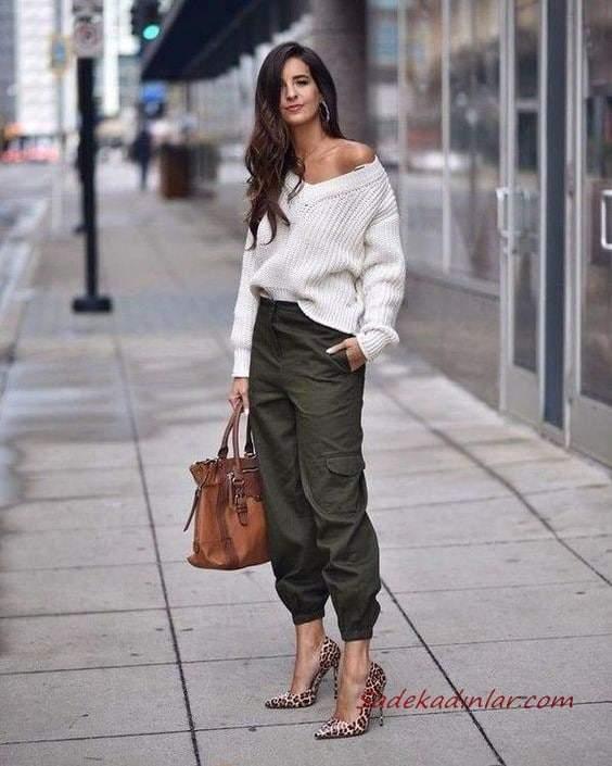 2020 Kargo Pantolon Modelleri İle Günlük Kombinler Yeşil Pantolon Krem V Yaka Salaş Kazak Kahverengi Leopar Desenli Stiletto Ayakkabı