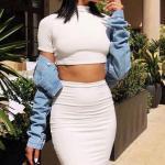 İlkbahar Yaz İçin En Şık 2020 Crop Top Bluz Kombinleri Beyaz Mini Etek Kısa Kollu Crop Top Bluz Mavi Kot Ceket